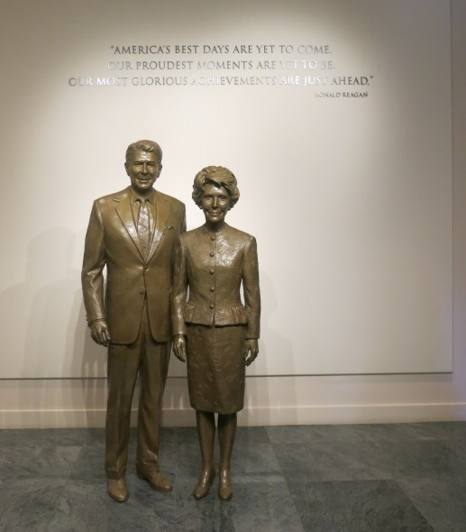 Statue of Ronald and Nancy Reagan, Ronald Reagan Presidential Library and Museum