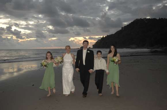 Sunset Wedding photo shoot on the beach of Manuel Antonio
