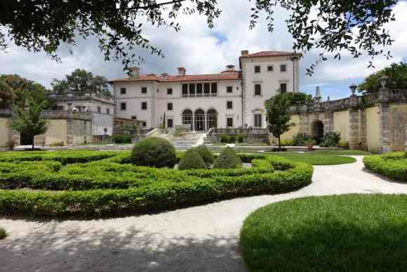 Vizcaya Gardens, Miami, Florida