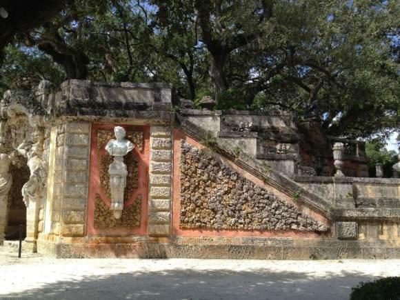 miami in one day - Statues and Sea rocks at Vizcaya Gardens, Miami