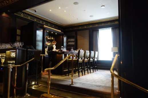 Rosewood Hotel Georgia - Lobby