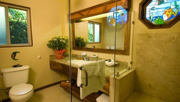 Hotel Si Como No Bathroom