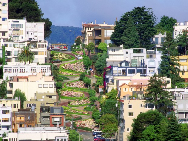 Lombard Street, San Francisco, CA (Image by © Ron Watts/CORBIS)