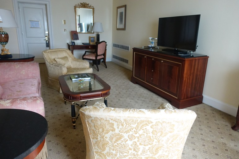 The Shelbourne Dublin, A Renaissance Hotel - Living/Sitting Area