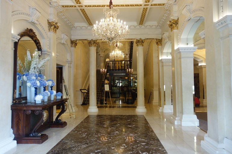 The Shelbourne Dublin, A Renaissance Hotel - Lobby Area