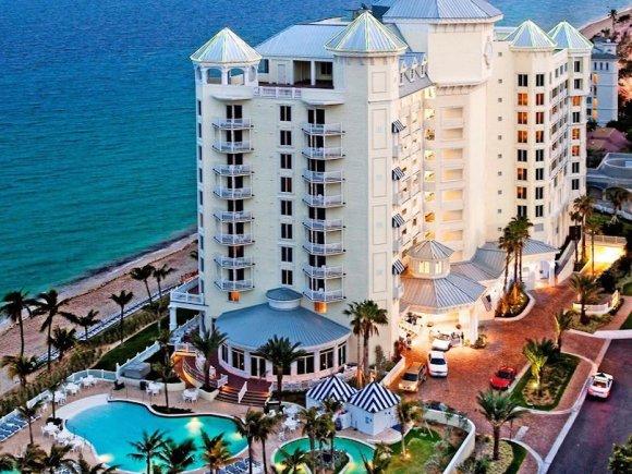 Pelican Grand Beach Resort, Fort Lauderdale (photo courtesy of Pelican Grand Beach)