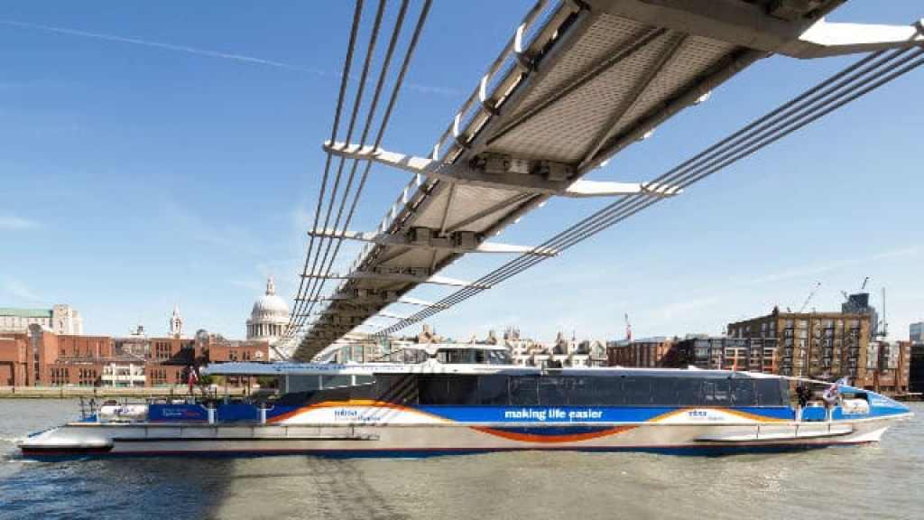 London Thames Clipper River Bus Services on River Thames (photo credit VisitLondon)