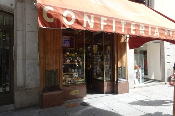 Madrid Food Tour - Confitería El Riojano