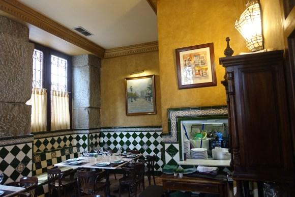 El Anciano Rey de los Vinos Restaurant -  Madrid Food Tour