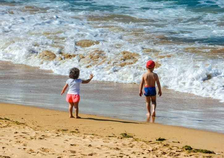 Tips for Booking Your First Family Holiday