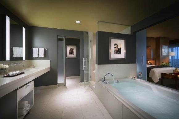 Luxury Suite Bathroom - Image Courtesy Hard Rock Hotel & Casino Tampa