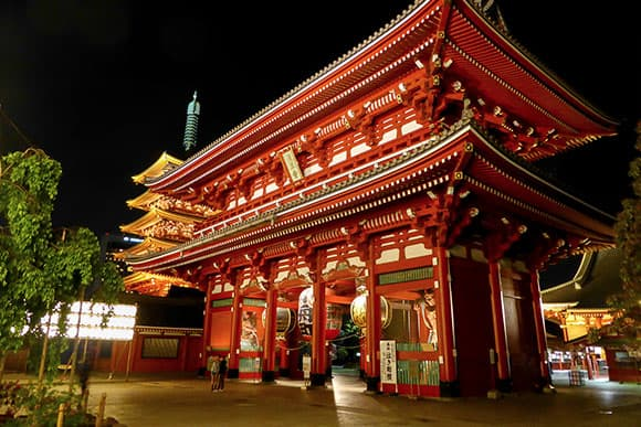 Tokyo Temple (Flickr SerrMarr used under the Creative CC)