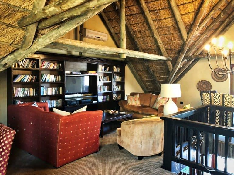 Kichaka Luxury Game Reserve Library