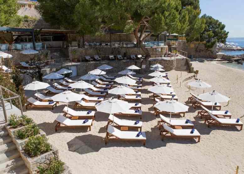 The Best Luxury Beach Experiences Luxury Travel Blogger Carmen