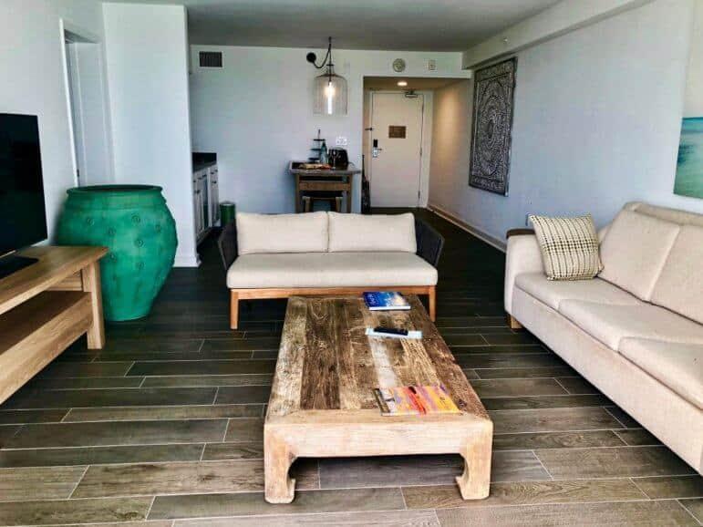 Oceanfront Deluxe One Bedroom Suite - Amara Cay Resort Islamorada