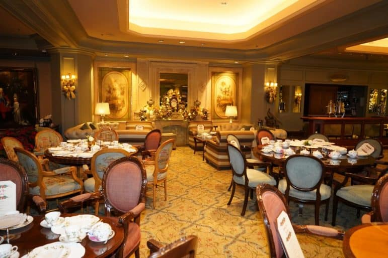 Le Salon - Windsor Court Hotel, New Orleans