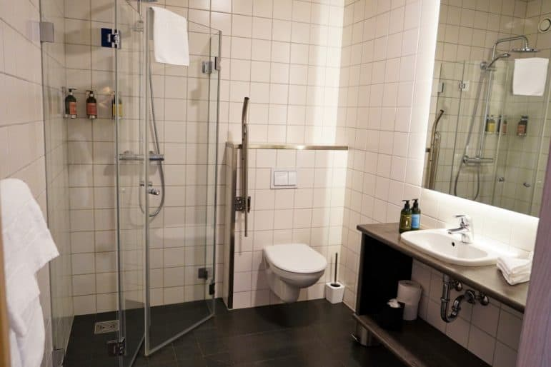 Alda Hotel Reykjavik - Bathroom