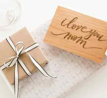 2019 Mother's Day Gift Guide For Travelers + GIVEAWAY