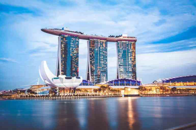 Marina Bay Sands: Staying at Singapore's Iconic Luxury Hotel