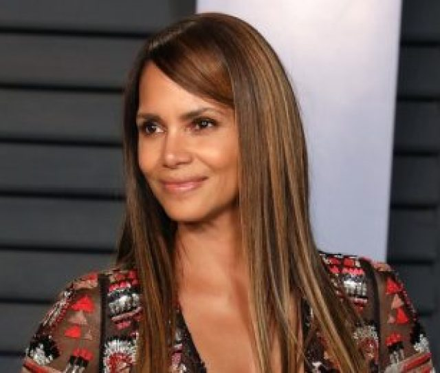 Halle Berry Showed Off A Giant Back Tattoo While Cooking Some Eggs