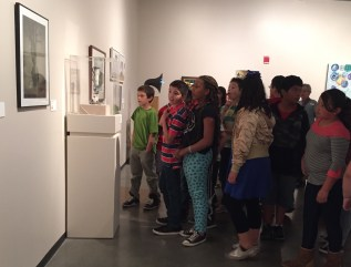 Students in gallery 4-2016