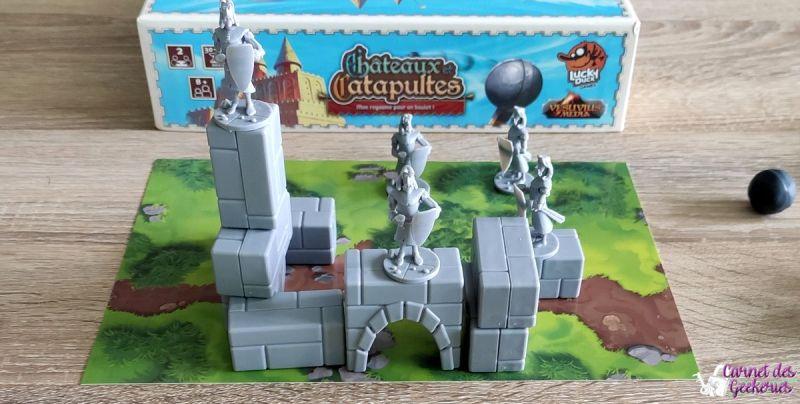 Châteaux et Catapultes Lucky Duck Games