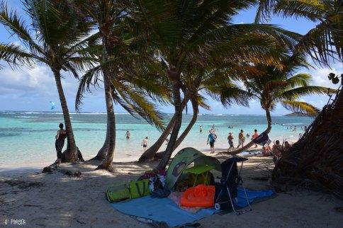 A la plage, avec ma tente anti-uv - Anse Michel