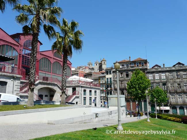 A proximité du Palacio da Bolsa