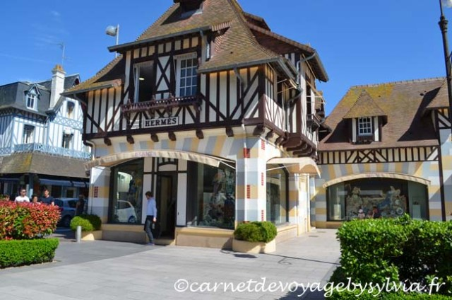 shopping à Deauville