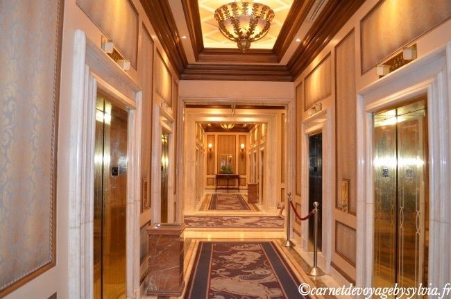 Le Bellagio :couloir de l'Hôtel