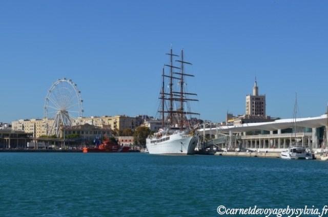 Flâner au port de Malaga