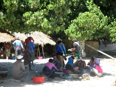 cuisinières plage Selong Blanak