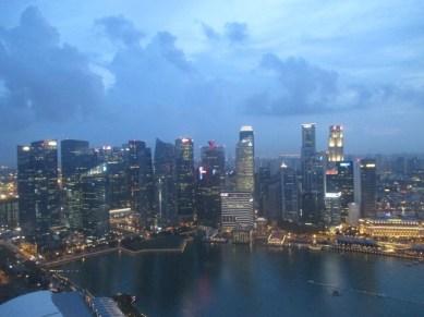 Vue de Singapour depuis le marina Bay Sands