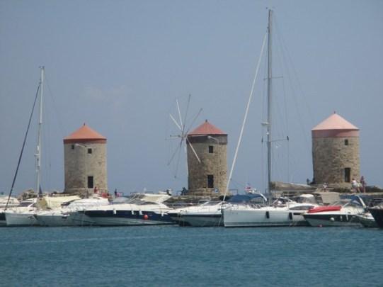 moulins à vent port de Mandraki Rhodes