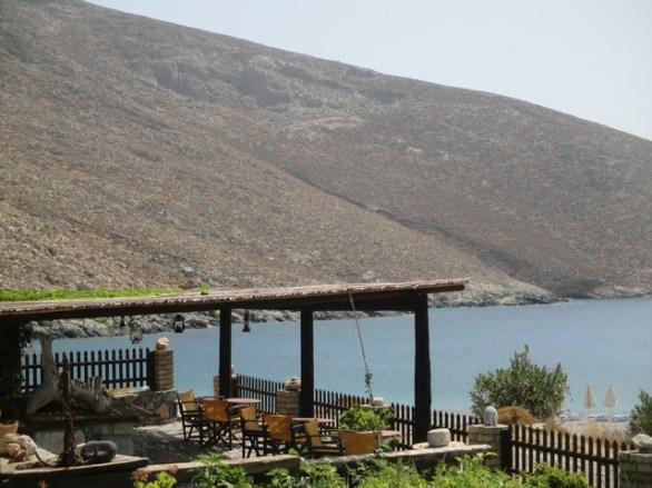 taverne baie de Kaminakia