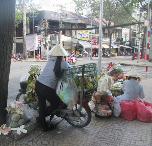 vendeuses de rue Saigon