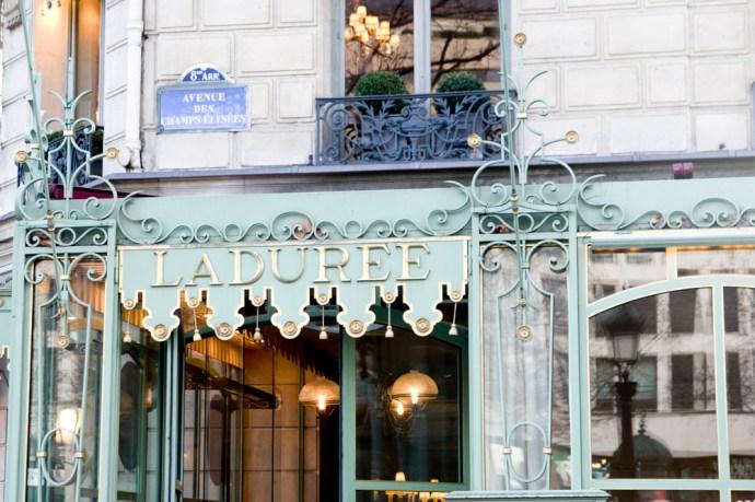 boutique-laduree-champs-elysees