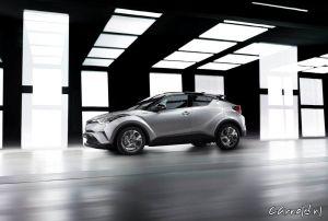 Toyota-C-HR_09