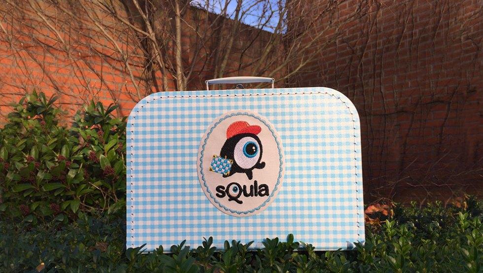 Geborduurd Koffertje voor Squla