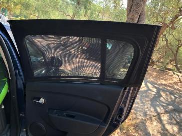 Moustiquaire fenetre voiture 2