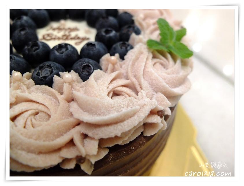 [台中生日蛋糕]凰手作芋泥玫瑰巧克力芒果蛋糕~精緻優雅細膩個人蛋糕工作室,也提供客製化蛋糕