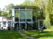 Ehemaliges Affenhaus, heute Puppenmuseum (c) Carola Peters