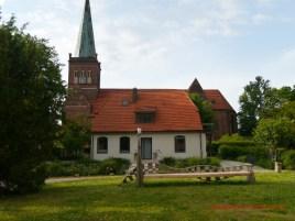 Im Klosterhof in Bergen (c) Carola Peters