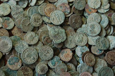 Roman coins from Frome Hoard in England