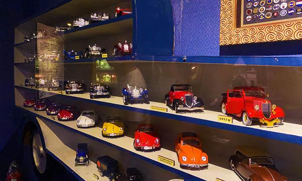 袖珍博物館 車子模型