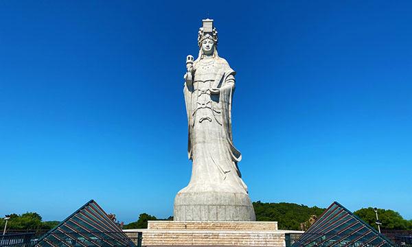 媽祖巨神像