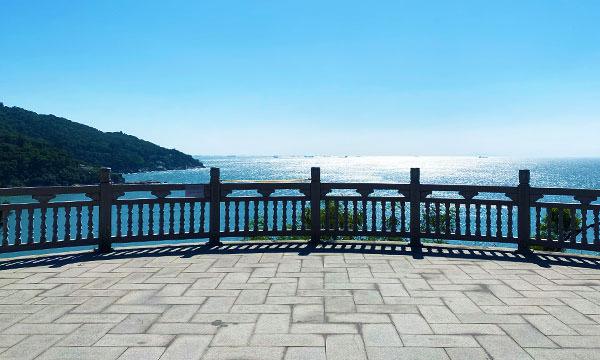 媽祖巨神像樓梯前廣場
