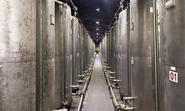 八八坑道 大型儲酒槽