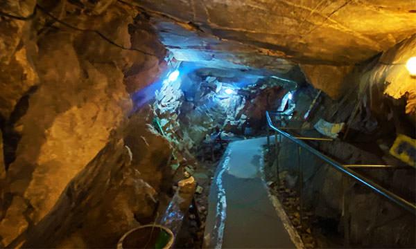 12據點地下坑道