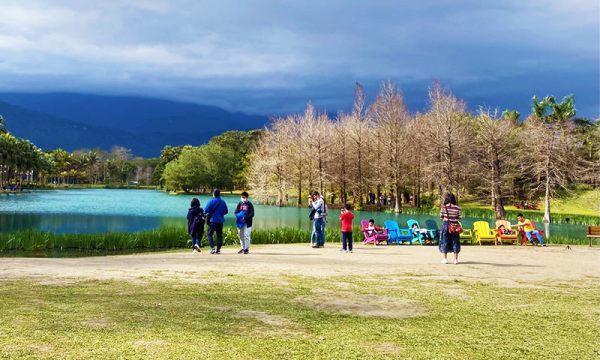 夢幻湖前的造景